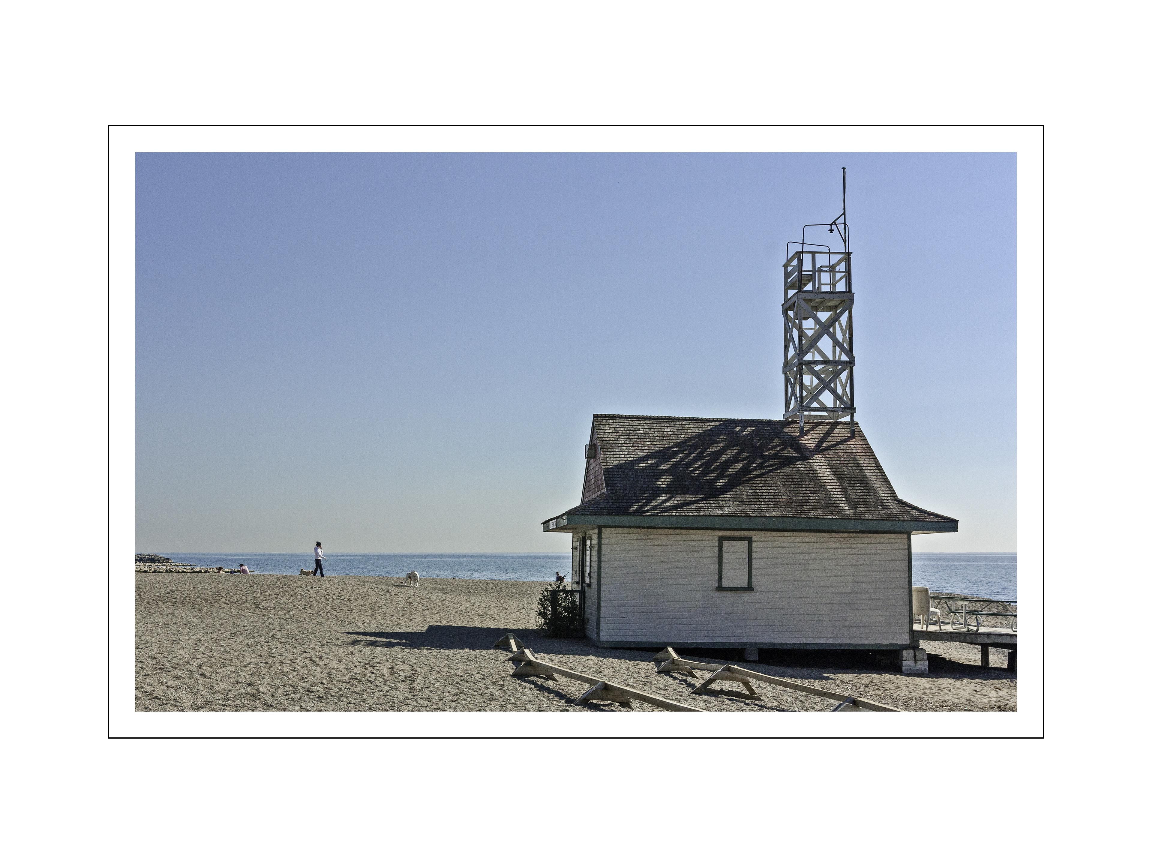lifeguard-station-12x16