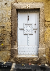 white door - Narbonne
