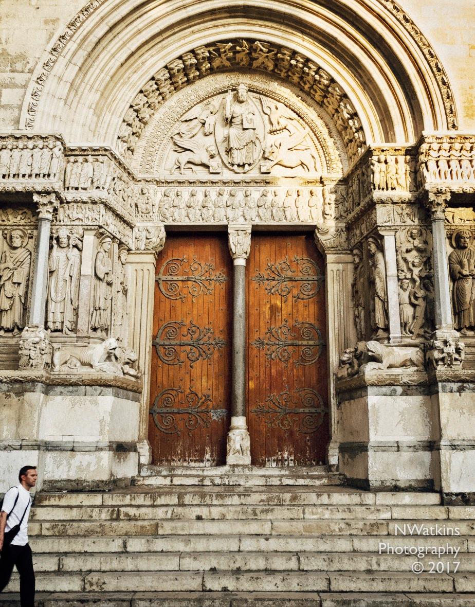 saint-trophime-church-cw