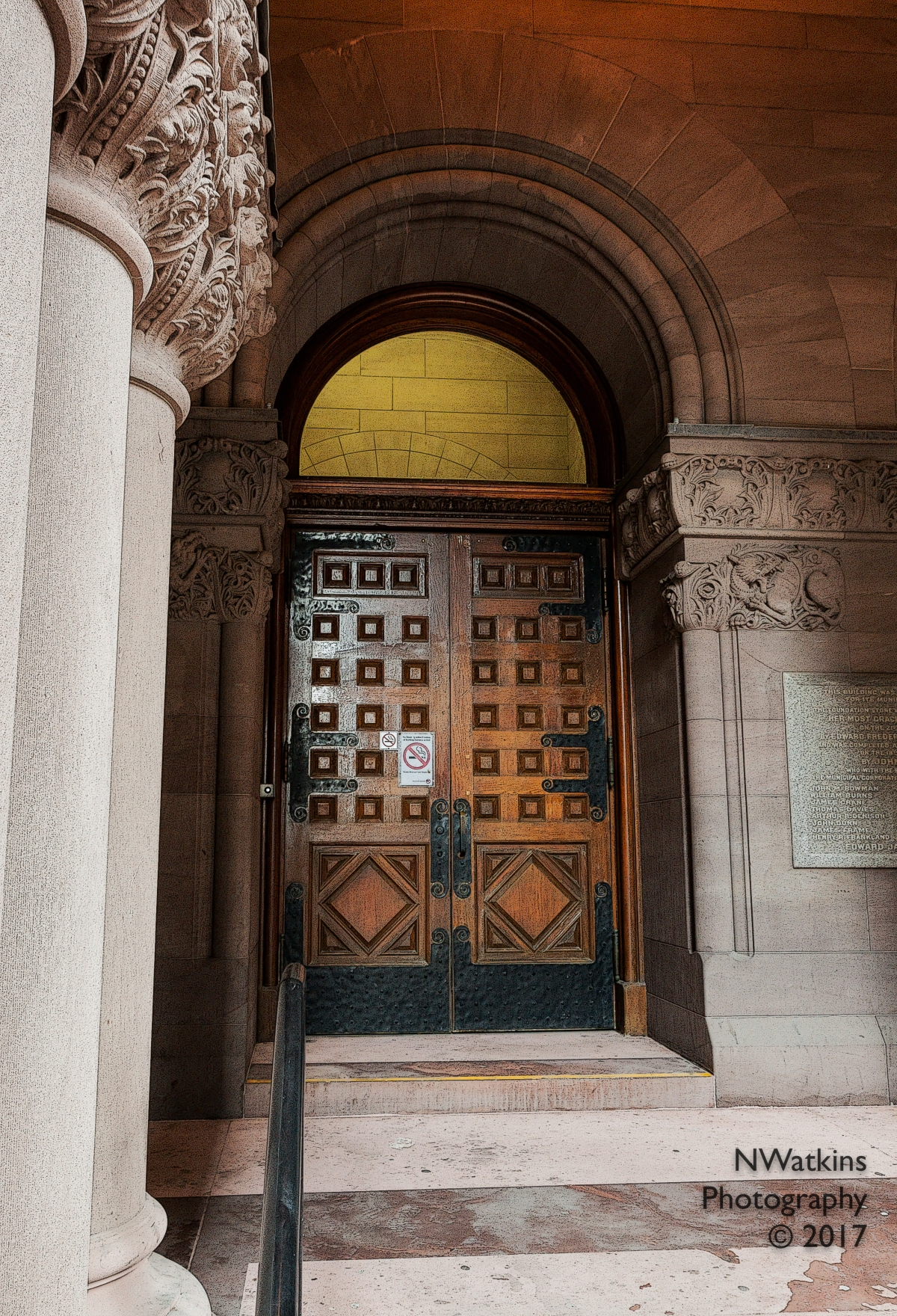 old city hall closed doors cw