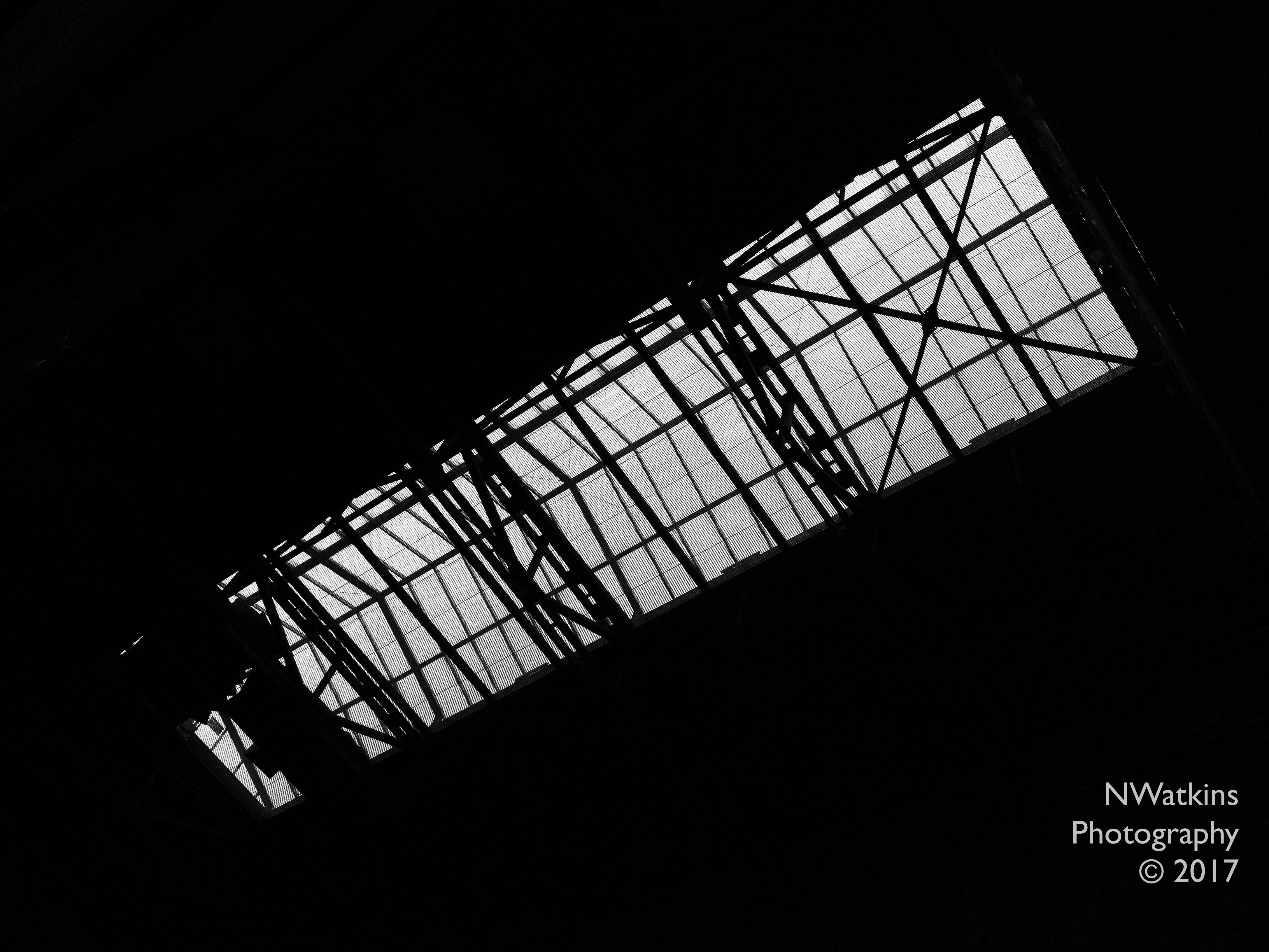 LiT-ceiling-Tate Modern cw