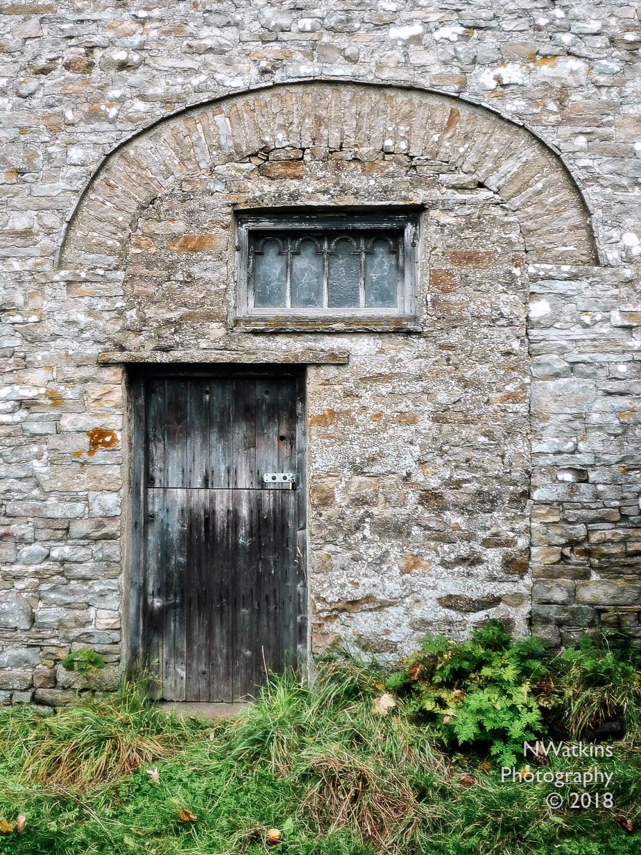 door in archway cw
