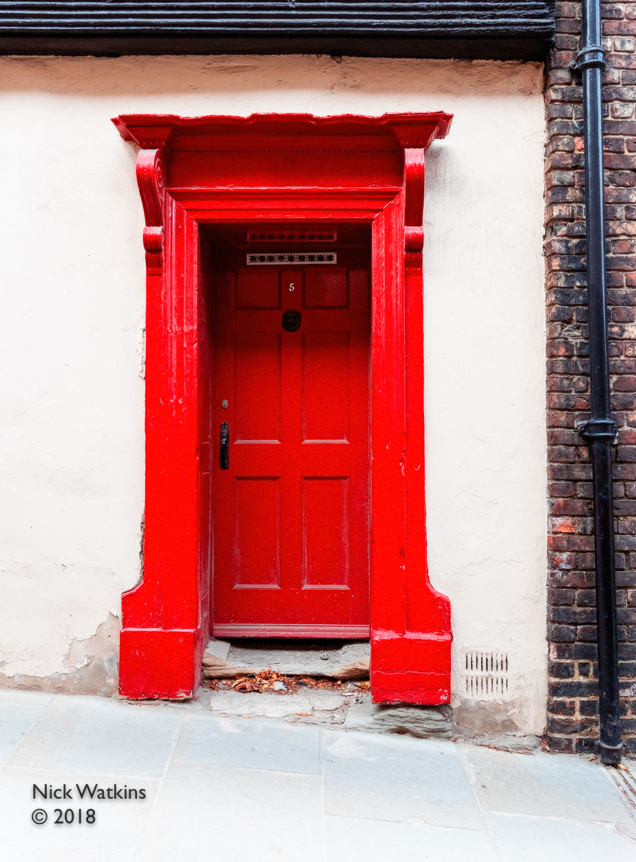 d33-red door no1 cw