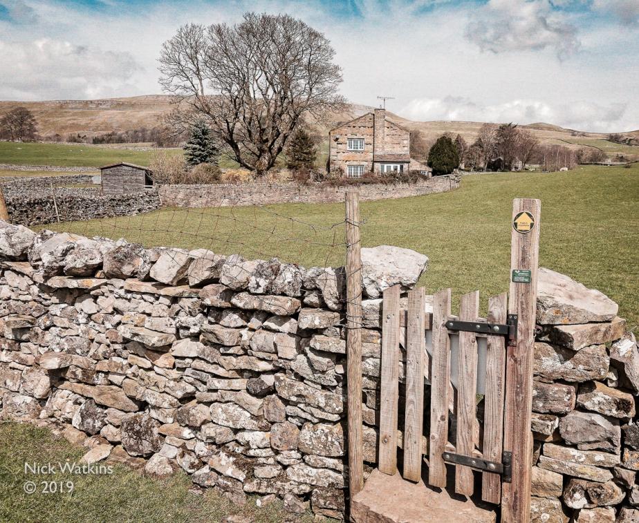 footpath gate cw